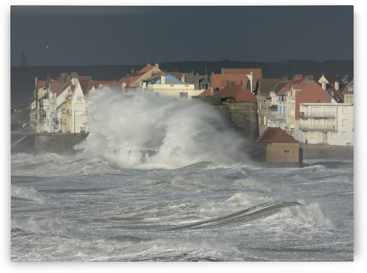 Storm in Ambleteuse france by James Cool
