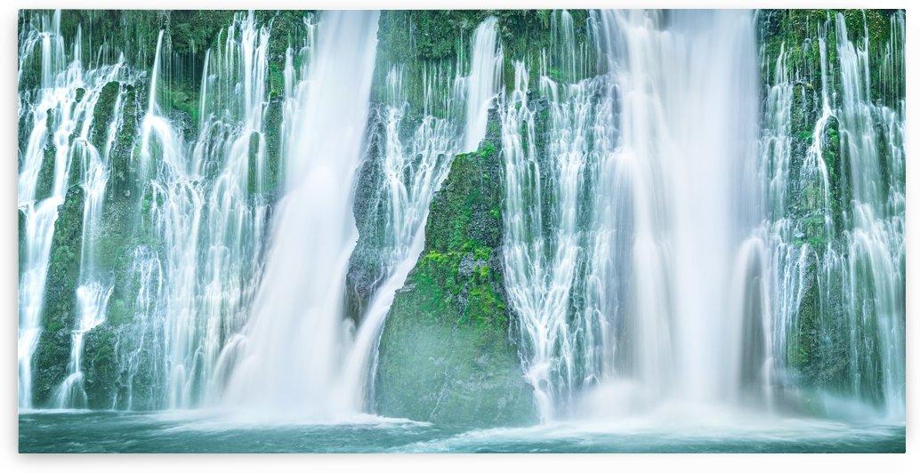 The Flowing Wall by Sebastian Dietl
