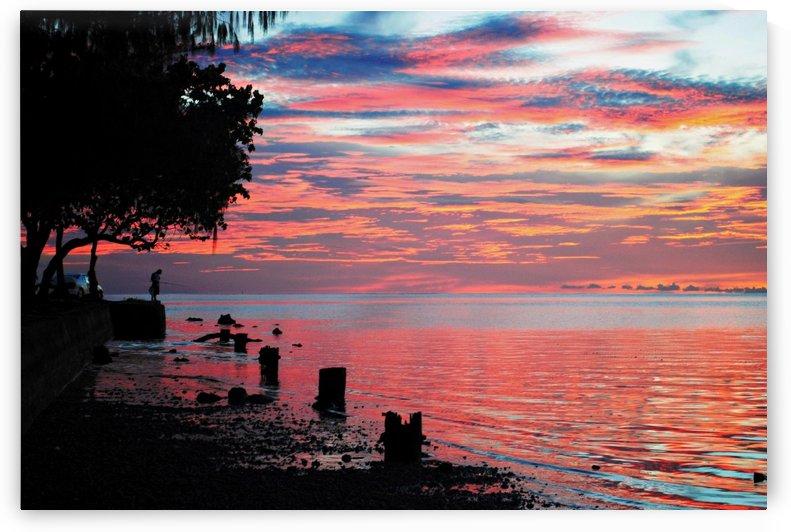 Blood-red sunset  by On da Raks