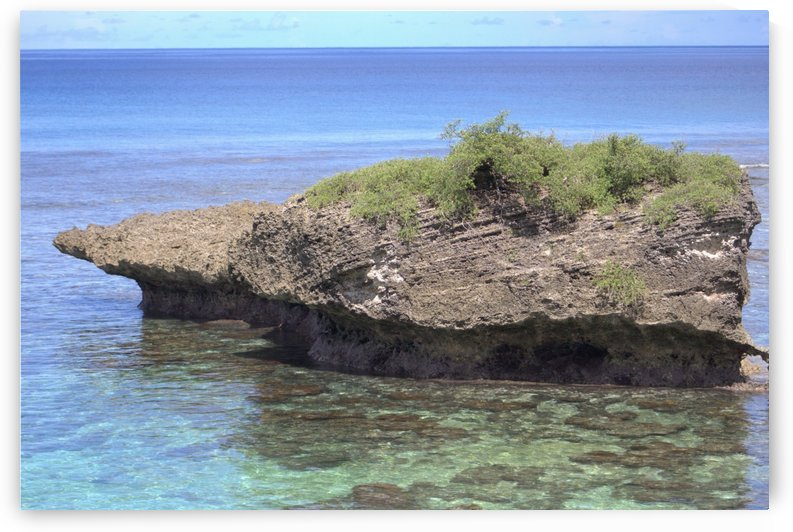 Rock Islet by On da Raks