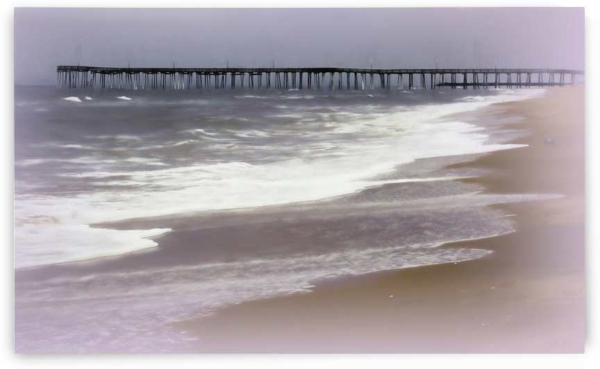 Virginia Beach Fishing Pier by Leslie Montgomery