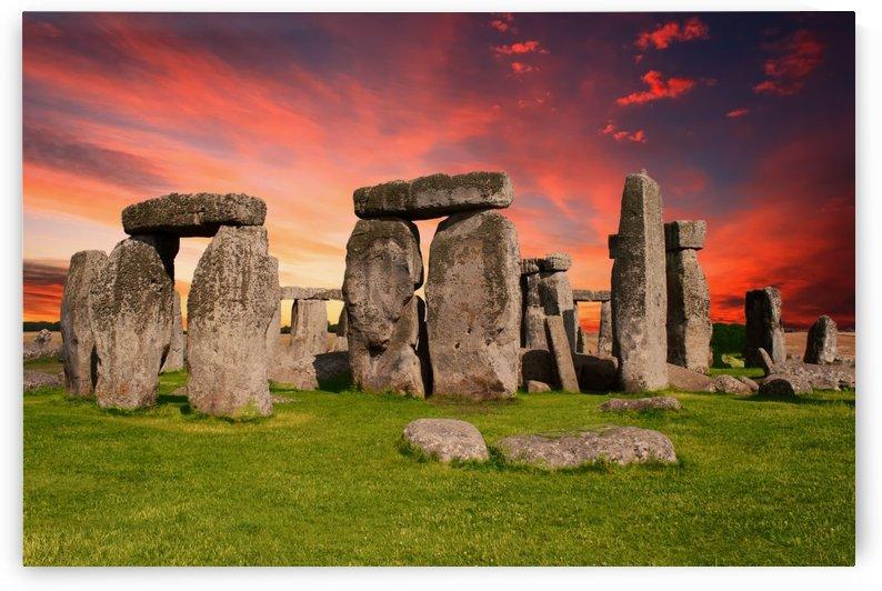 stonehenge monument prehistoric by Shamudy