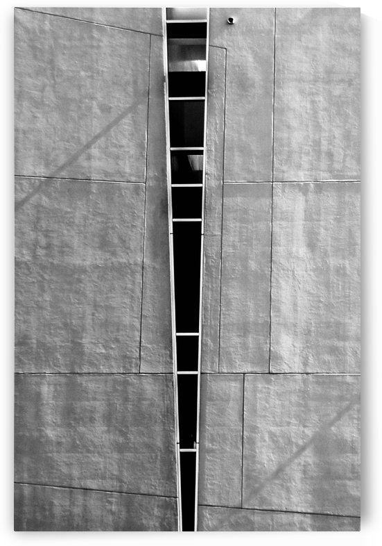 Split Wall with Lines by David Pinter