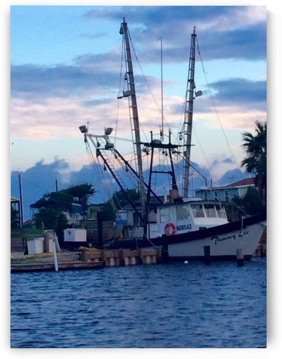Shrimp boat photo by Shay Morrow