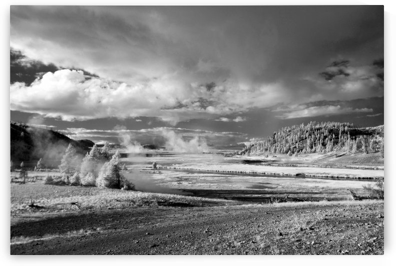 Yellowstone 1 by James Hilsdon