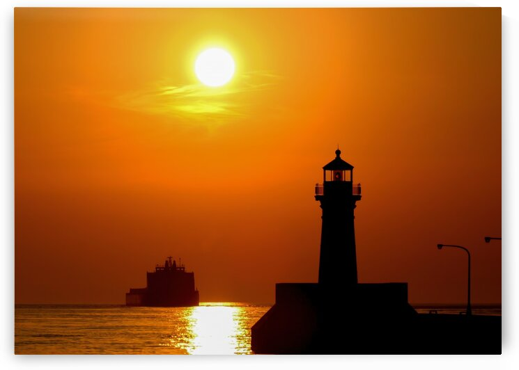 Duluth Early Morning Departure Photo by Jonathan Kozub