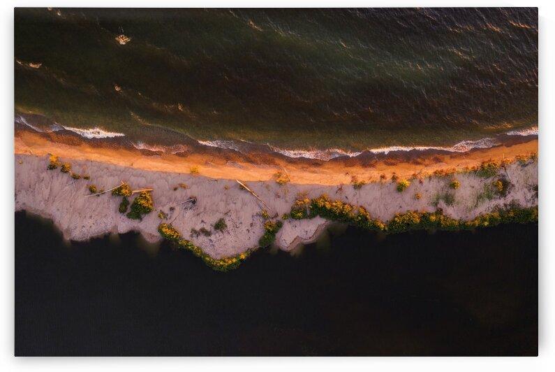 Sand wall by Marko Radovanovic