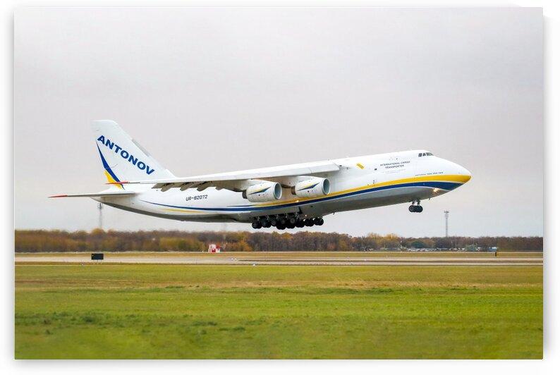 Antonov An-124 2020 YWG Departure by Jonathan Kozub