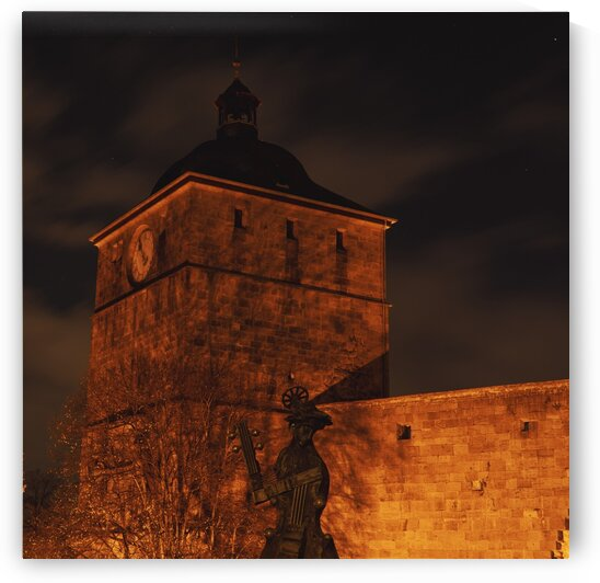 Belltower of castle Heidelberg by Florian Emmert