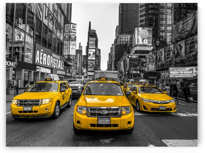 Taxi on broadway, New York by Assaf Frank