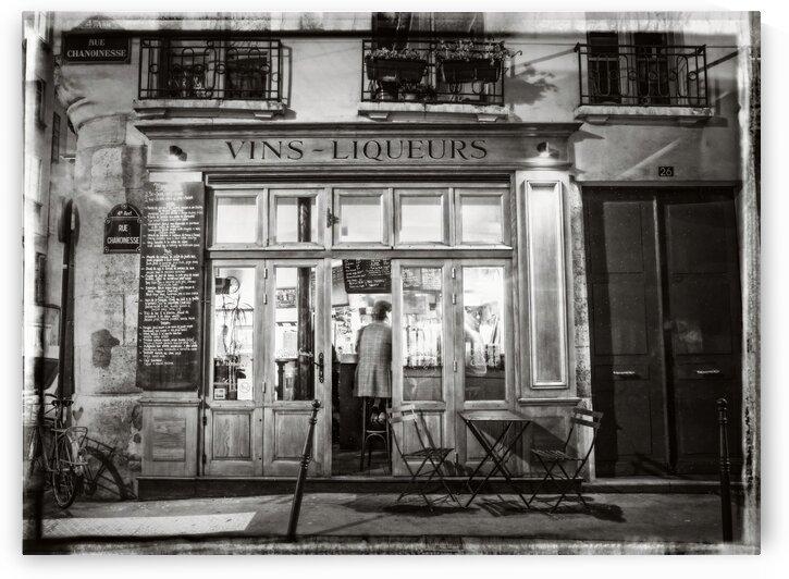 Cafe on street of Montmartre, Paris by Assaf Frank