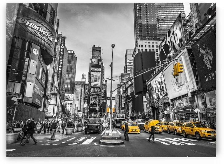 Traffic signal on broadway Times Square,  Manhattan, New York City by Assaf Frank