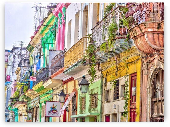 Colorful houses in Havana city, Cuba by Assaf Frank