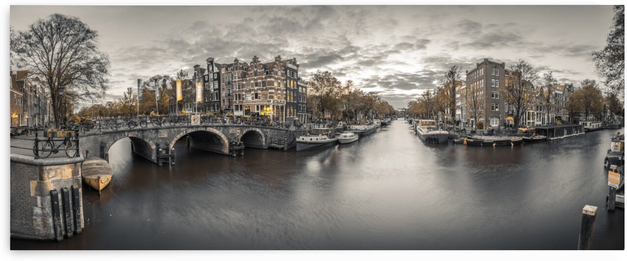 Amsterdam in evening by Assaf Frank