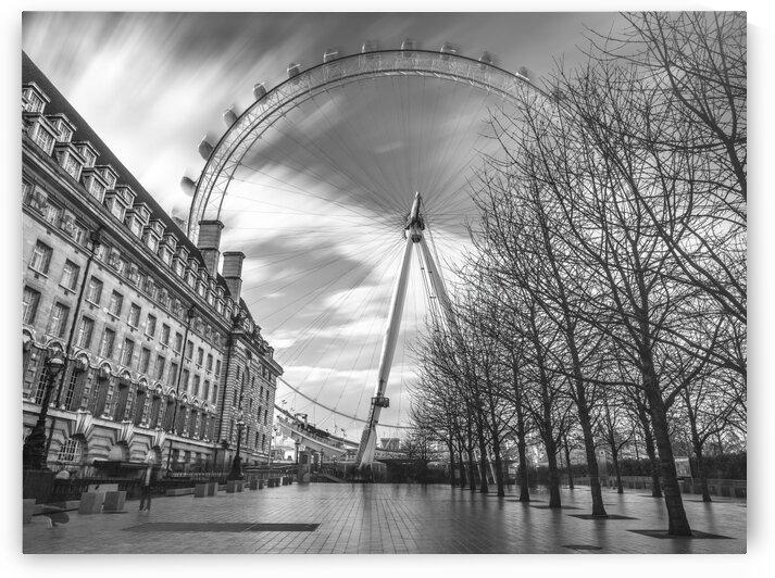 Millennium Wheel in city of London, UK by Assaf Frank