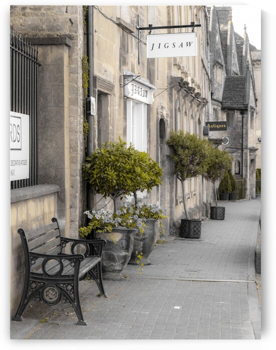 Old buildings in Tetbury town, Cotswolds by Assaf Frank