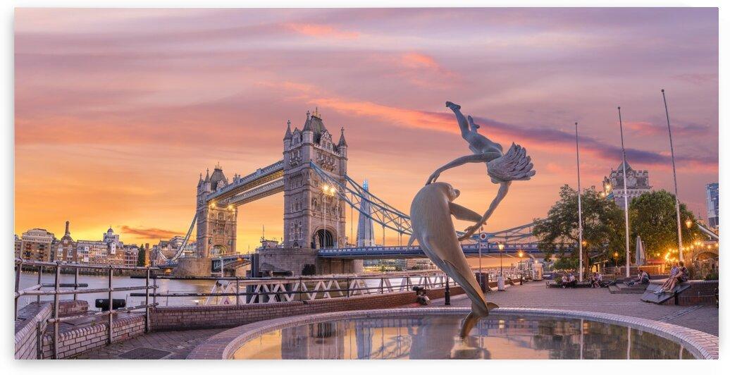 Tower Bridge at sunset, London by Assaf Frank