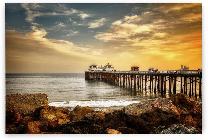 Malibu Summer  by Jongas Photo