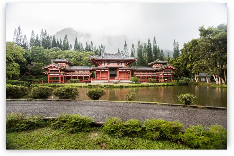 Byodo In Temple  by Ramon Brockington