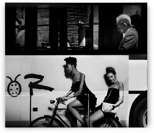Contrasts urban. by Antonio Grambone  by 1x