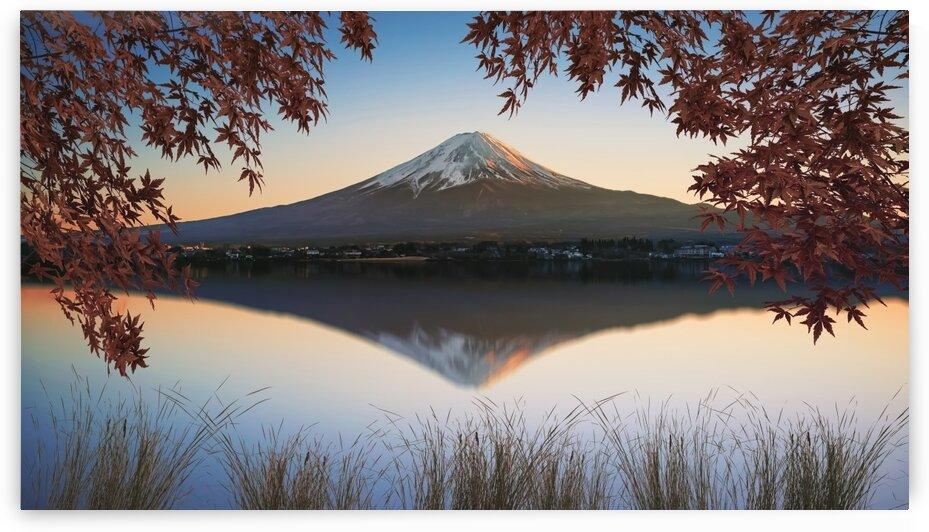 Mount Fuji by Manjik Pictures