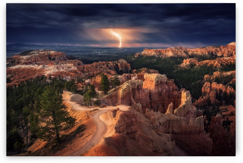 Lightning over Bryce Canyon by 1x