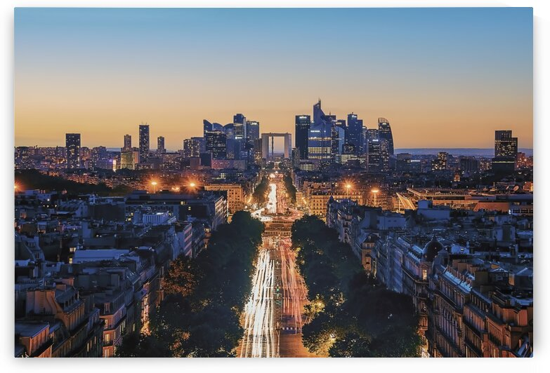 Straight To La Defense by Manjik Pictures