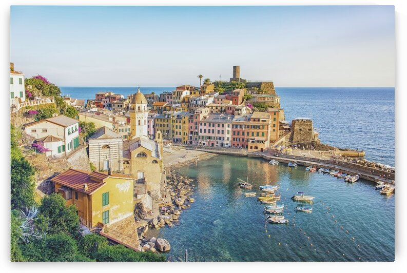 Vernazza in summer by Manjik Pictures