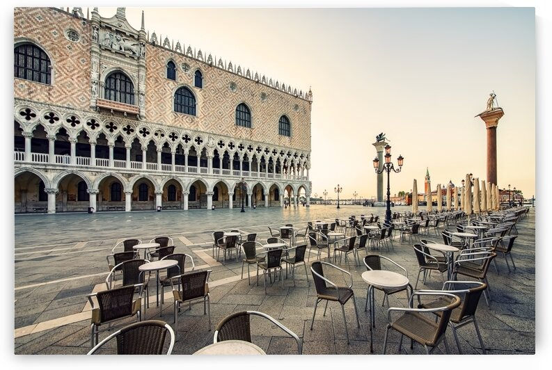 Piazza San Marco by Manjik Pictures