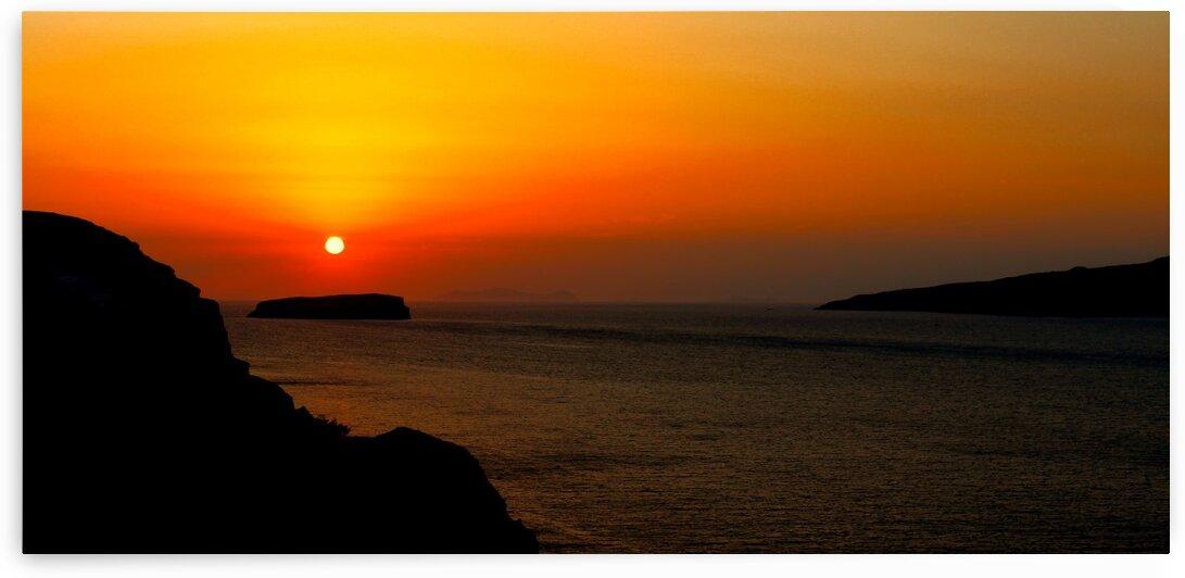 Sunrise on the sea by Bentivoglio Photography