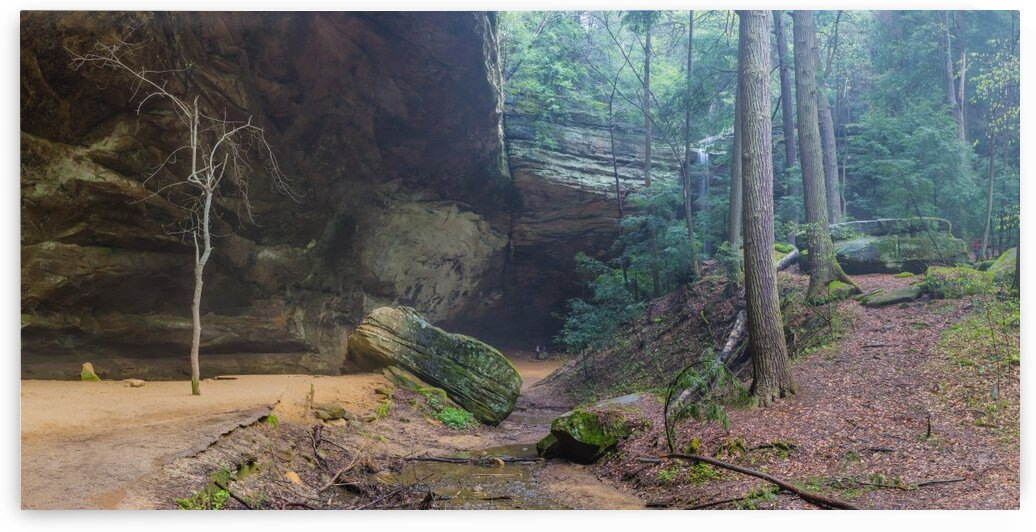 Ash Cave Entrance apmi 1641 by Artistic Photography