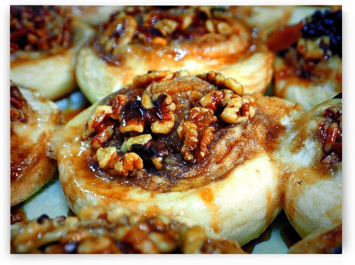 cinnamon nut roll dutch market 070004 by Bill Swartwout Photography