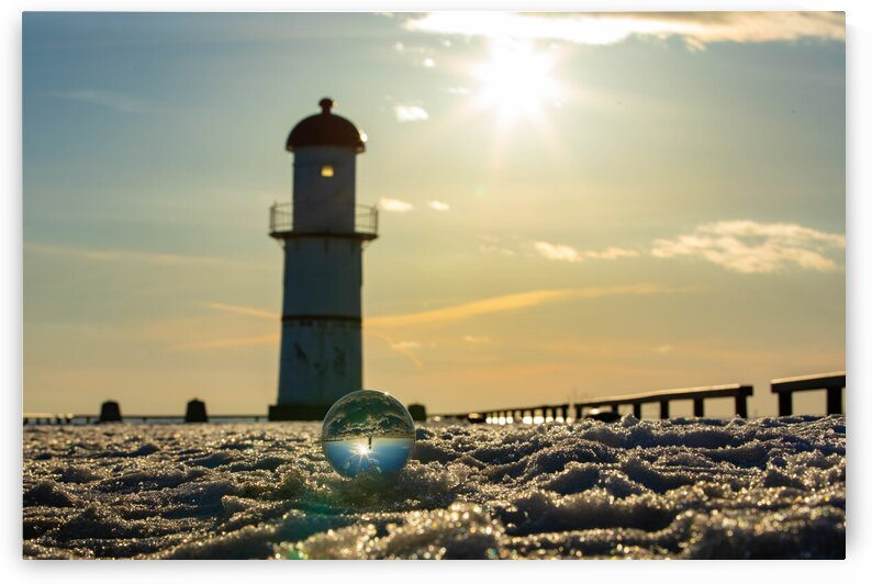 Lachine Lighthouse by DroDellaPhoto