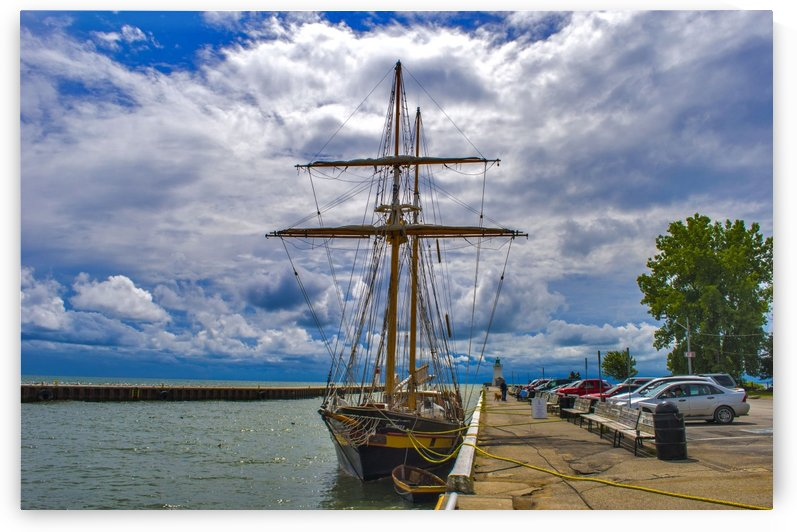 Tall ship . St Lawrence II by Tracy Bennett