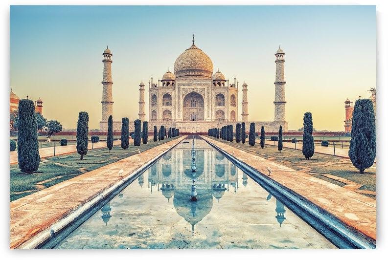 Beautiful Taj Mahal by Manjik Pictures