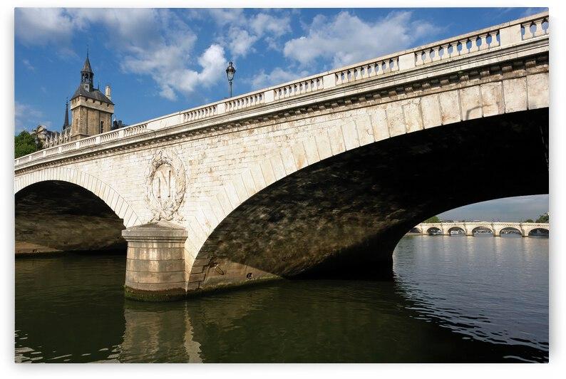 Notre-Dame bridge  by Hassan Bensliman