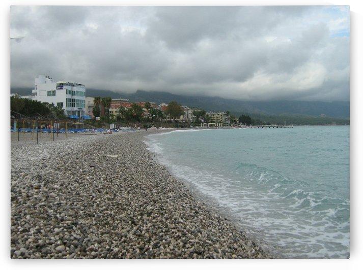 Beach view in Kemer, Antalya, Turkey by Vlad Radulian