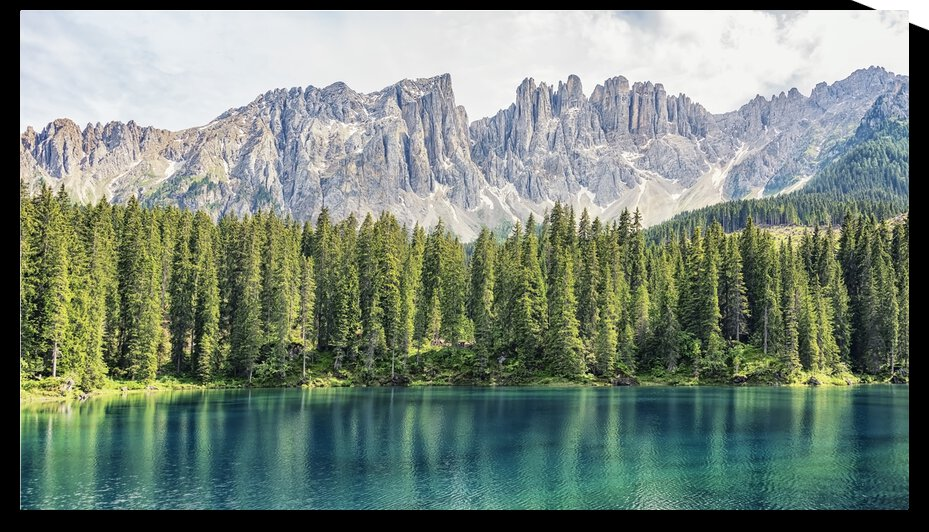 Turquoise Lake by Manjik Pictures