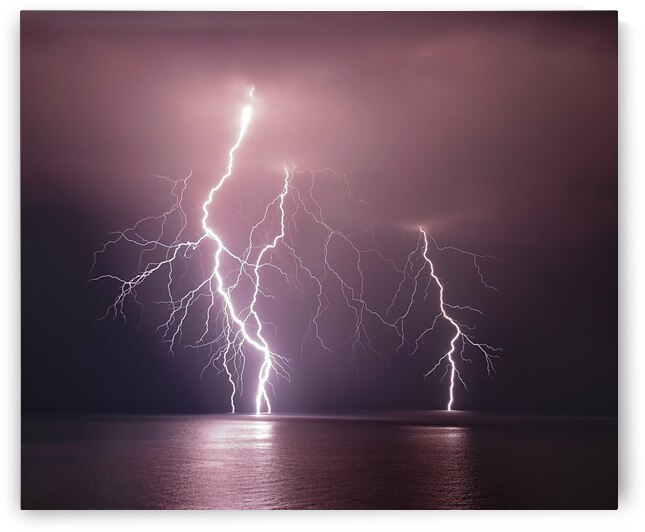 Thunderbolt over the sea by 1x