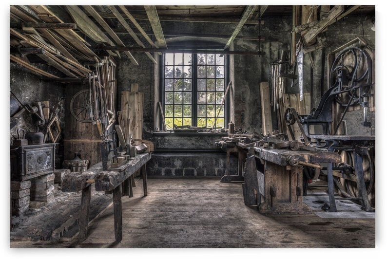 THe Carpenters workshop by 1x