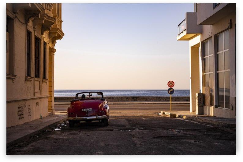 Watching the sun set - Havana by 1x