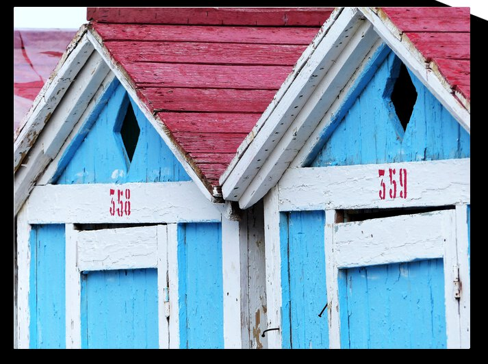 Beach cabin by Astrid Lutz