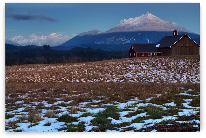 Mt Pilchuck  by Paul Harrett Photography
