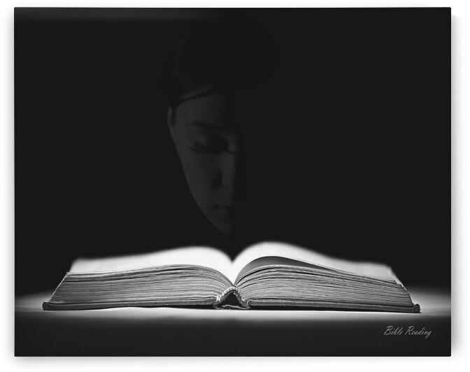 Bible Reading by Apura