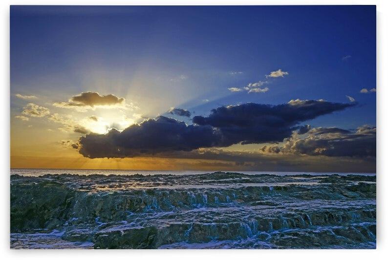 A Magical Day at the Seashore Hawaii by 1North