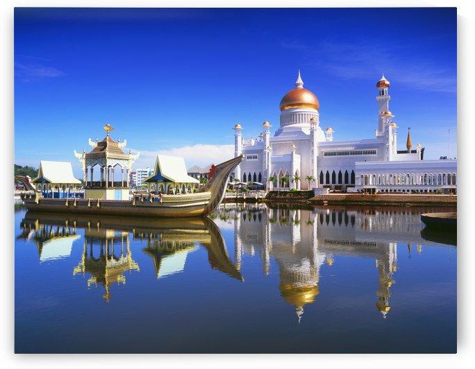 Sultan Omar Ali Saifuddien Mosque; Bandar Seri Begawan, Brunei by PacificStock