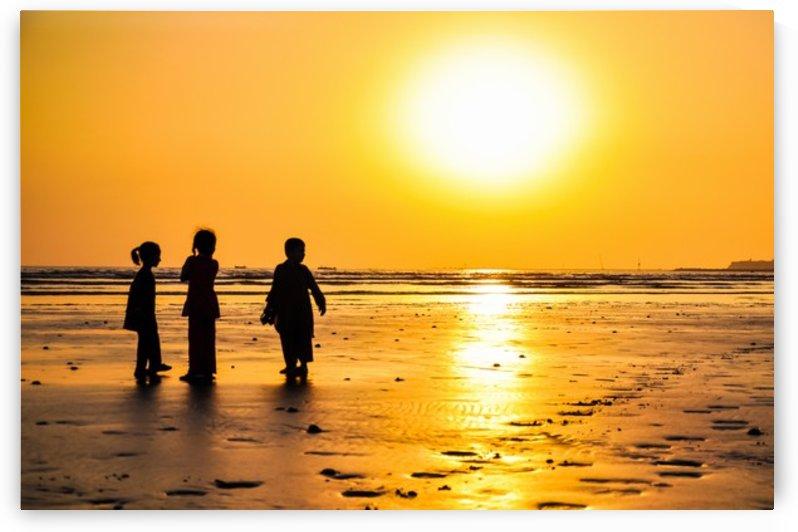 Clifton Beach, Karachi by Jure Brkinjac