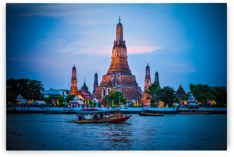 Wat Arun, Bangkok by Jure Brkinjac