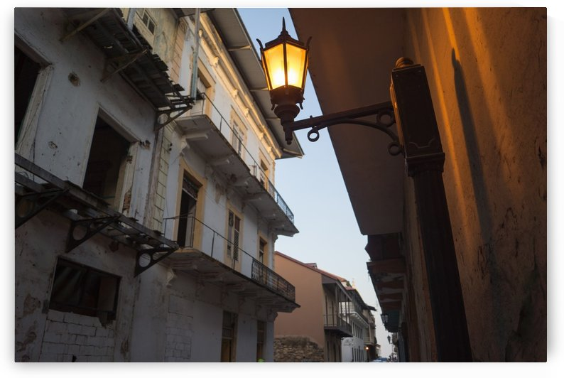 One Light by Luis Augusto Henriquez