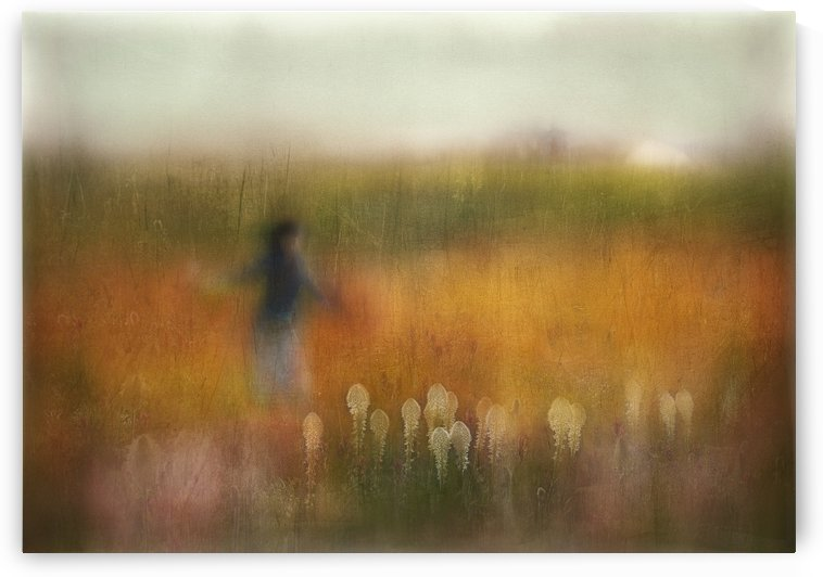 A Girl and Bear grass by 1x